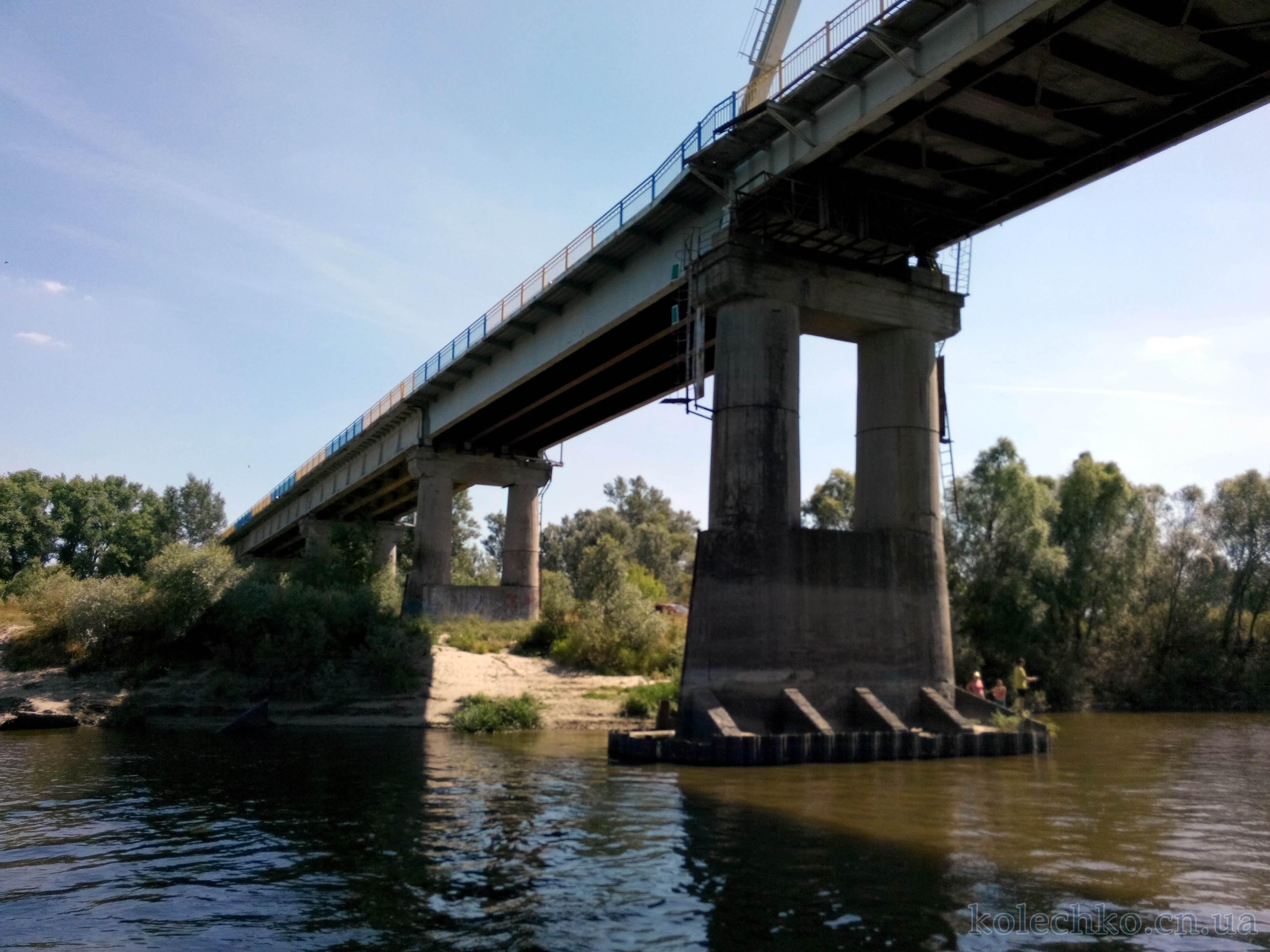 Автодорожный мост на Десне в Чернигове