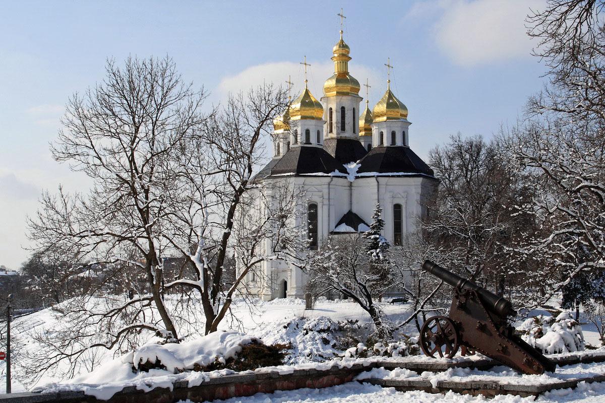 фото Екатерининская церковь зимой со стороны вала