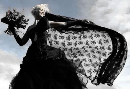черное платье на невесте